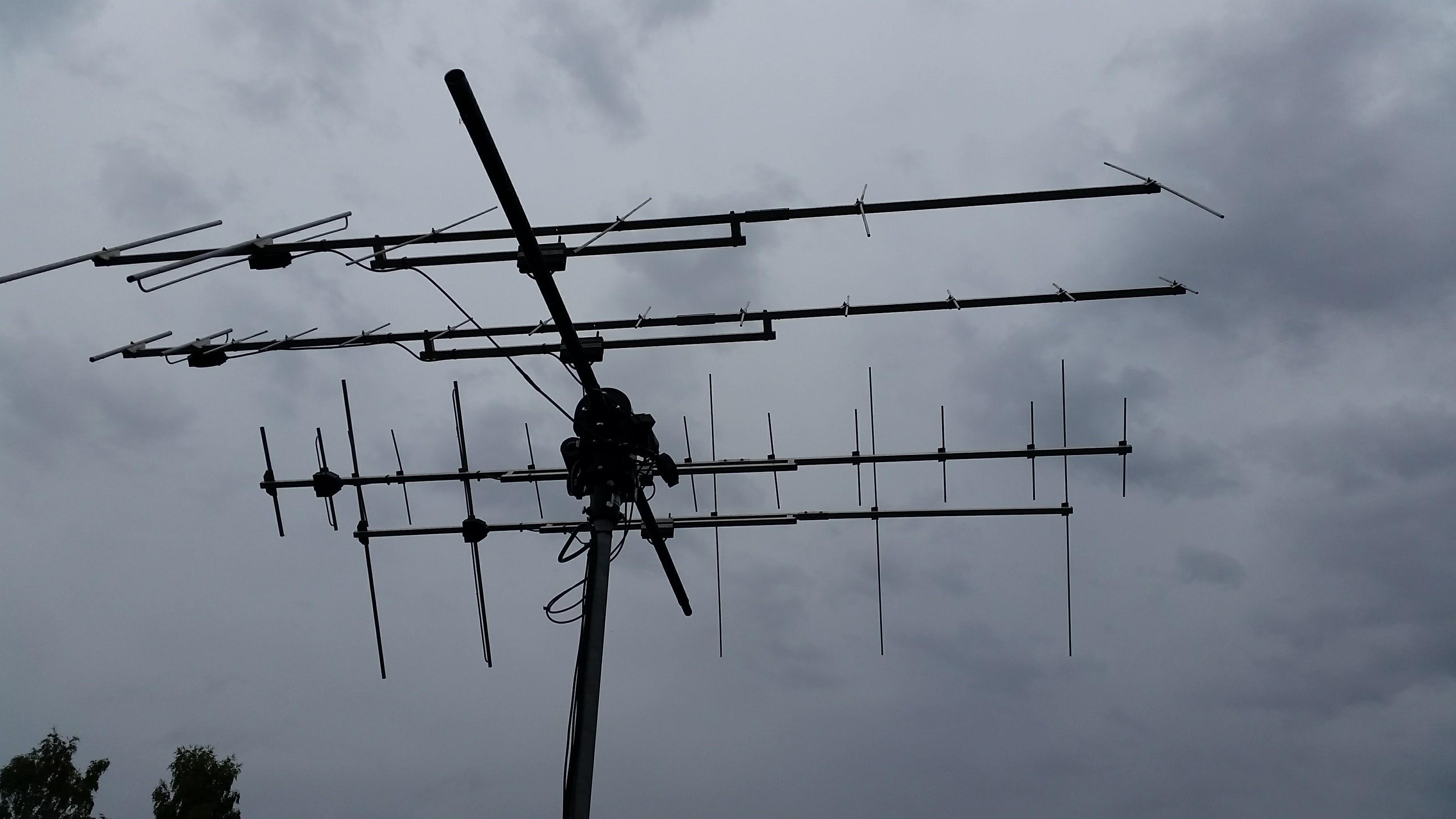 Amateur radio satellites – larsthunberg se